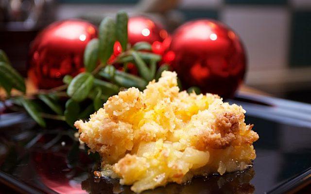 Äppelpaj i advent med juläpplen, cocos och saffran
