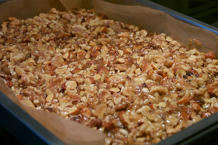 Toscarutor med valnötter och mandel