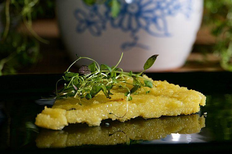 Polenta med parmesan och olivolja