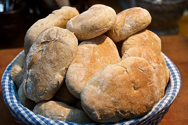 Hembakade mjuka bröd
