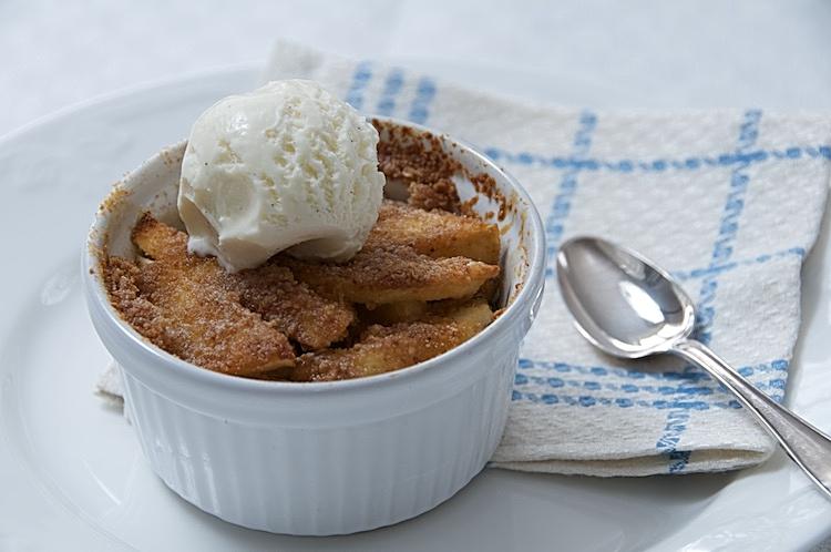Klassisk äppelkaka i portionsform