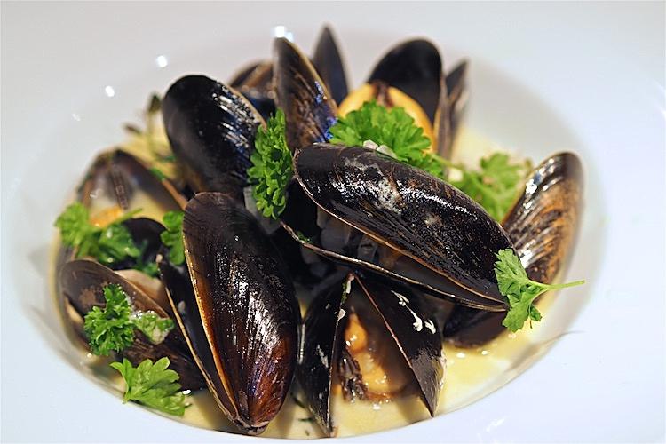 Musslor i vitt vin och grädde, moules marinières